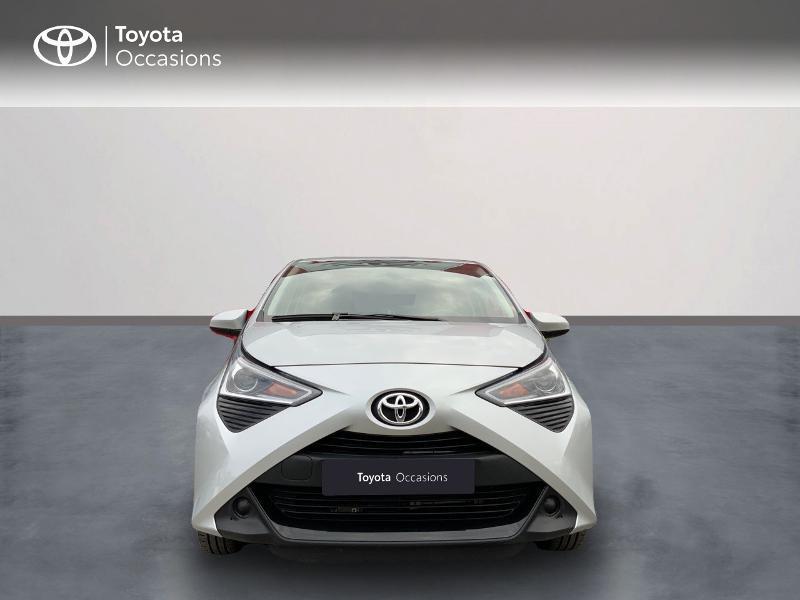 Photo 5 de l'offre de TOYOTA Aygo 1.0 VVT-i 72ch x-play 5p à 9890€ chez Altis - Toyota Auray