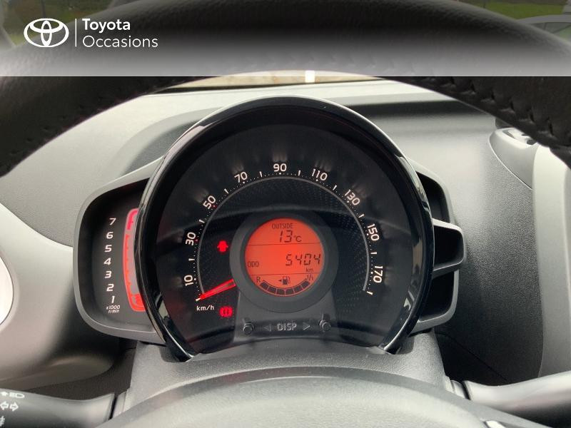 Photo 14 de l'offre de TOYOTA Aygo 1.0 VVT-i 72ch x-play 5p à 9890€ chez Altis - Toyota Auray
