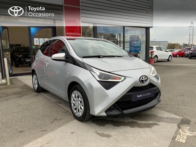 Photo 19 de l'offre de TOYOTA Aygo 1.0 VVT-i 72ch x-play 5p à 9890€ chez Altis - Toyota Auray