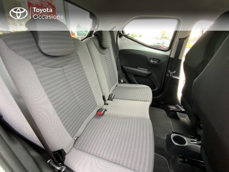 Photo 7 de l'offre de TOYOTA Aygo 1.0 VVT-i 72ch x-play 5p à 9890€ chez Altis - Toyota Auray