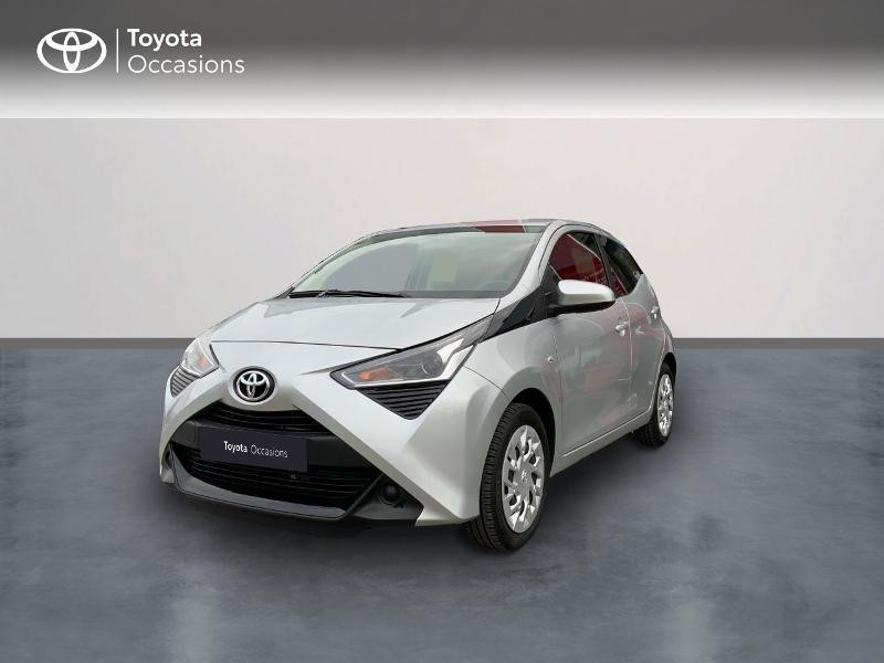 Photo 1 de l'offre de TOYOTA Aygo 1.0 VVT-i 72ch x-play 5p à 9890€ chez Altis - Toyota Auray