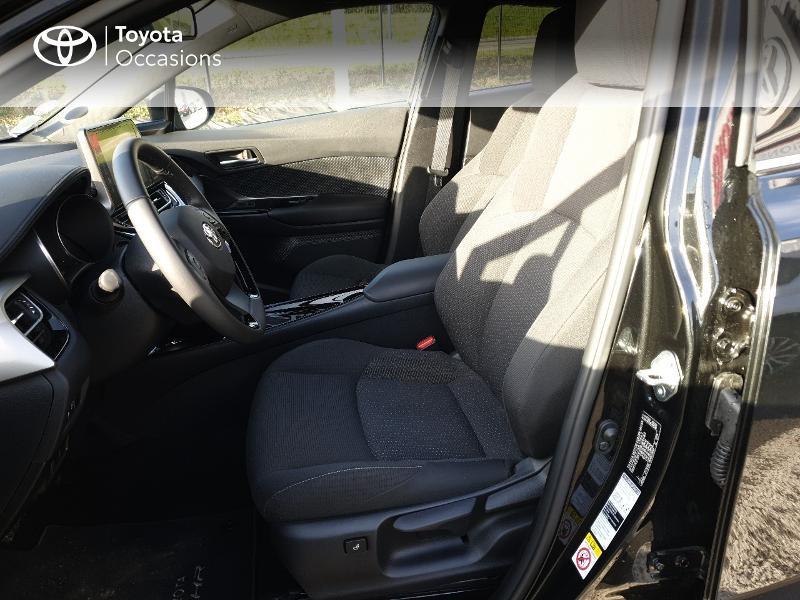 Photo 13 de l'offre de TOYOTA C-HR 122h Edition 2WD E-CVT RC18 à 21830€ chez Altis - Toyota Auray