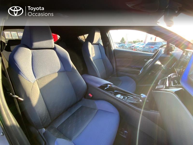 Photo 6 de l'offre de TOYOTA C-HR 122h Graphic 2WD E-CVT à 20990€ chez Altis - Toyota Auray