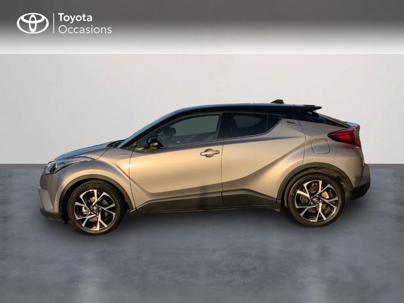 Photo 3 de l'offre de TOYOTA C-HR 122h Graphic 2WD E-CVT à 20990€ chez Altis - Toyota Auray