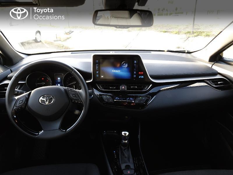 Photo 5 de l'offre de TOYOTA C-HR 122h Edition 2WD E-CVT RC18 à 21830€ chez Altis - Toyota Auray