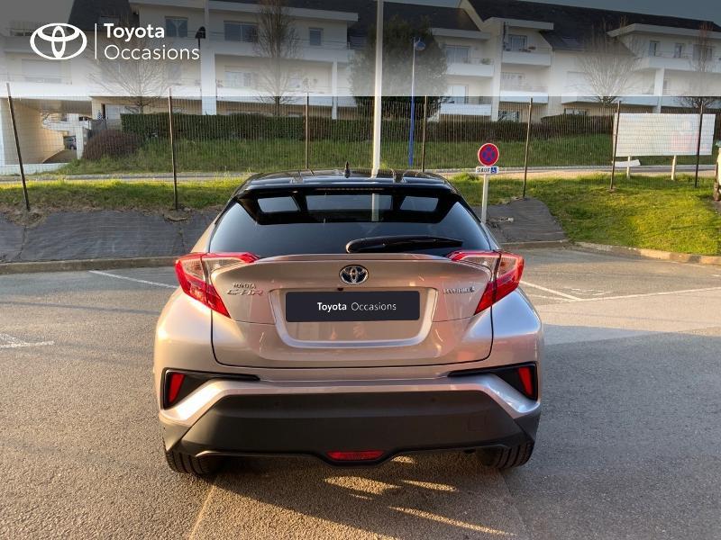 Photo 28 de l'offre de TOYOTA C-HR 122h Graphic 2WD E-CVT à 20990€ chez Altis - Toyota Auray