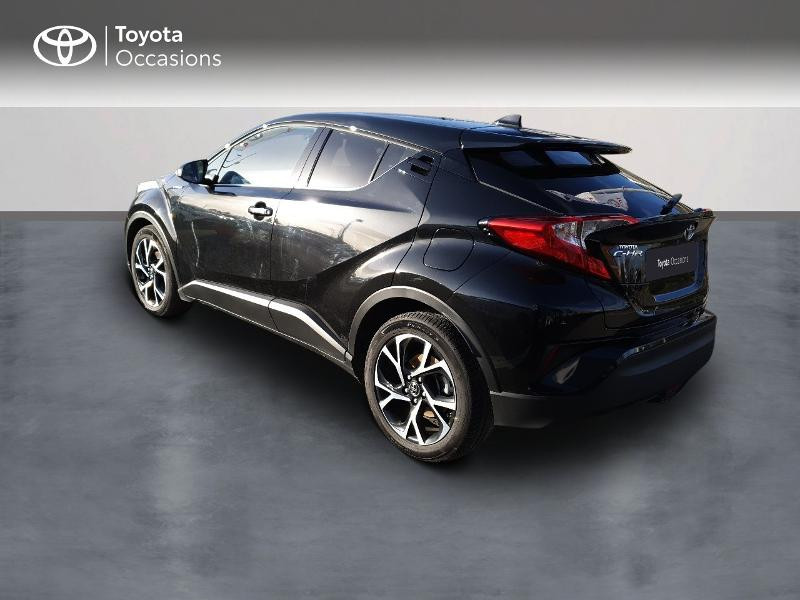 Photo 2 de l'offre de TOYOTA C-HR 122h Edition 2WD E-CVT RC18 à 21830€ chez Altis - Toyota Auray