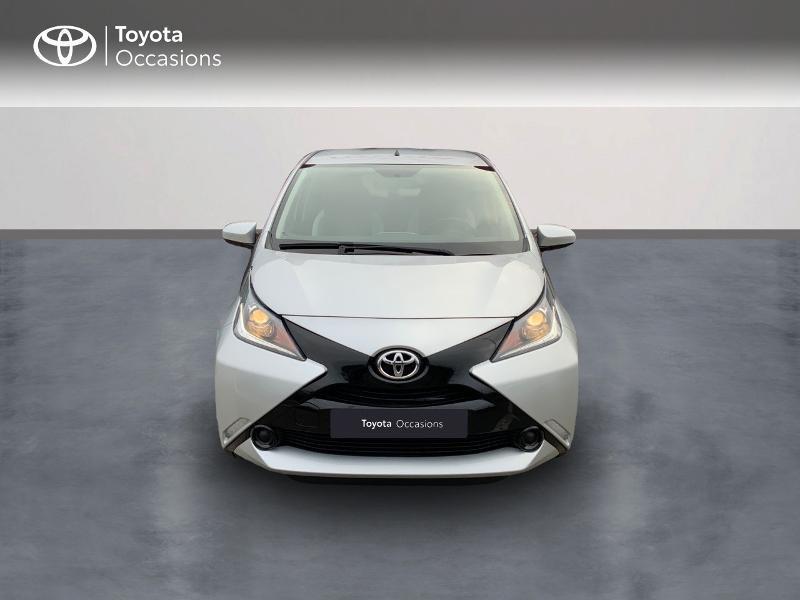 Photo 5 de l'offre de TOYOTA Aygo 1.0 VVT-i 69ch x-play 5p à 8890€ chez Altis - Toyota Auray
