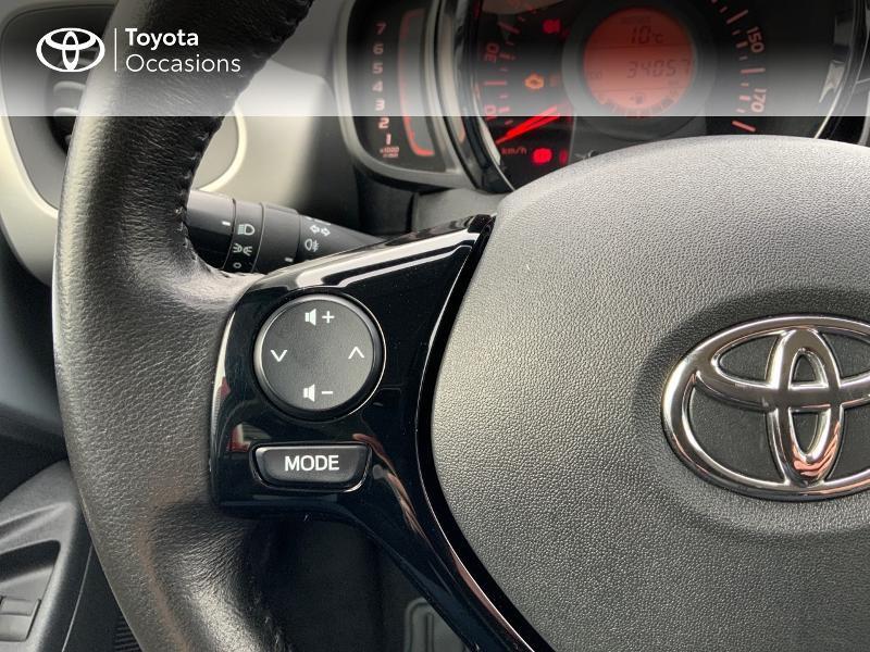 Photo 20 de l'offre de TOYOTA Aygo 1.0 VVT-i 69ch x-play 5p à 8890€ chez Altis - Toyota Auray