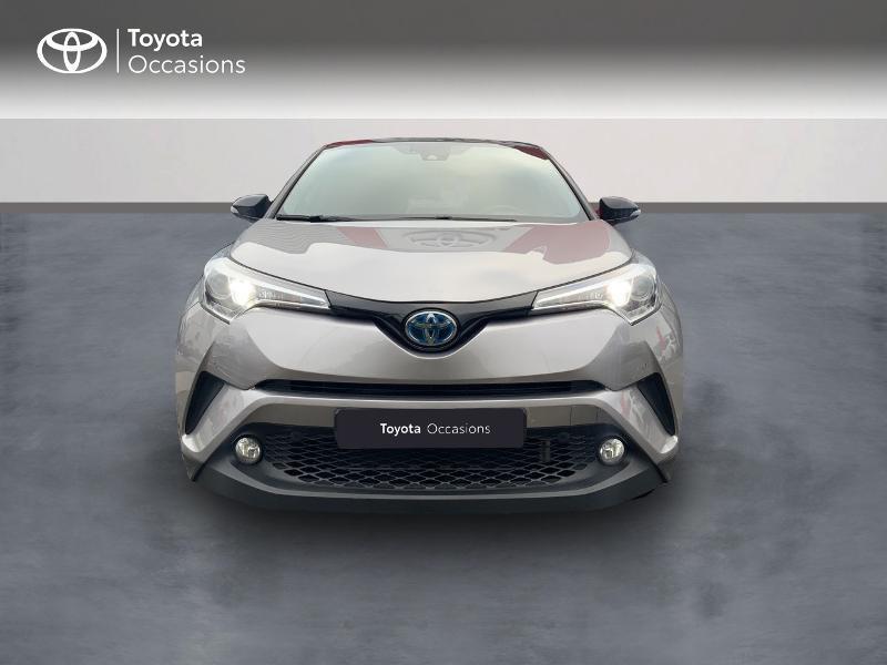 Photo 5 de l'offre de TOYOTA C-HR 122h Graphic 2WD E-CVT RC18 à 22690€ chez Altis - Toyota Auray