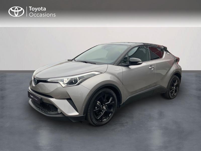 Photo 1 de l'offre de TOYOTA C-HR 122h Graphic 2WD E-CVT RC18 à 22690€ chez Altis - Toyota Auray