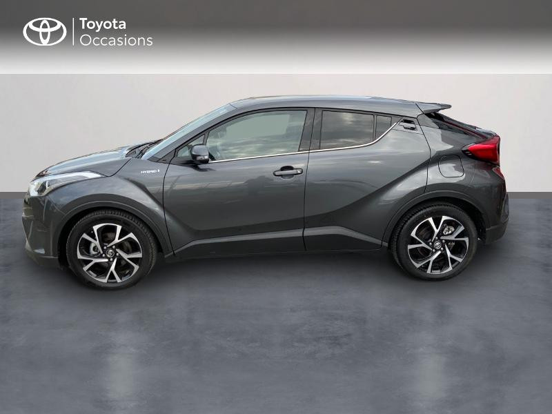 Photo 3 de l'offre de TOYOTA C-HR 122h Edition 2WD E-CVT RC18 à 22890€ chez Altis - Toyota Auray