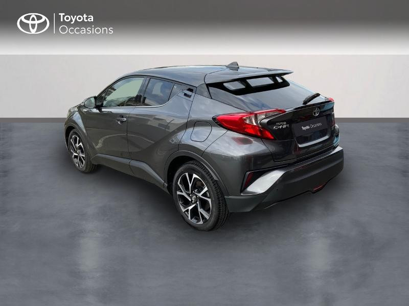 Photo 2 de l'offre de TOYOTA C-HR 122h Edition 2WD E-CVT RC18 à 22890€ chez Altis - Toyota Auray