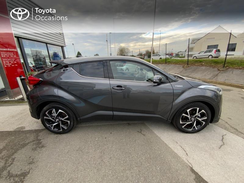 Photo 17 de l'offre de TOYOTA C-HR 122h Edition 2WD E-CVT RC18 à 21990€ chez Altis - Toyota Auray