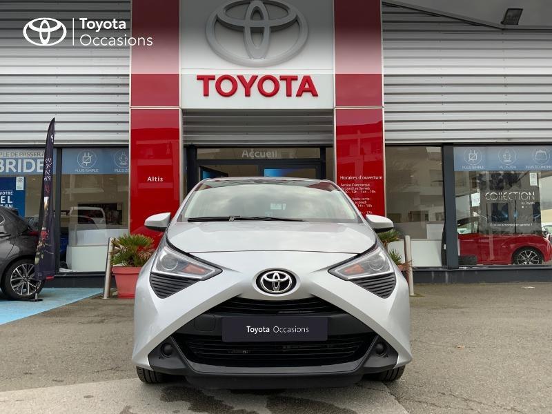 Photo 29 de l'offre de TOYOTA Aygo 1.0 VVT-i 72ch x-play 5p à 9890€ chez Altis - Toyota Auray