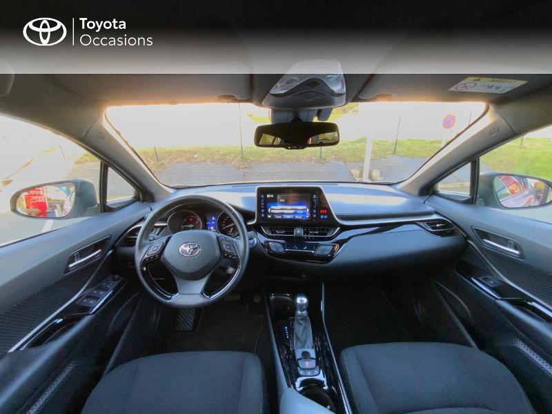 Photo 8 de l'offre de TOYOTA C-HR 122h Edition 2WD E-CVT RC18 à 21890€ chez Altis - Toyota Auray