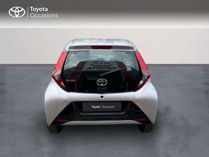 Photo 4 de l'offre de TOYOTA Aygo 1.0 VVT-i 72ch x-play 5p à 9890€ chez Altis - Toyota Auray