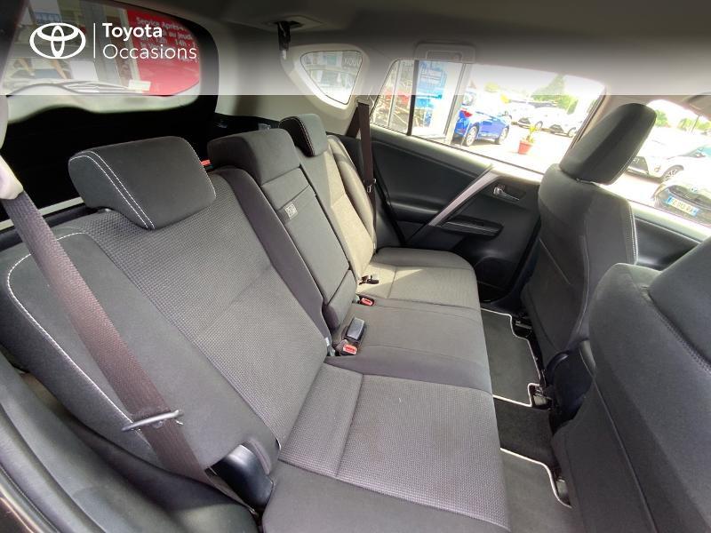 Photo 7 de l'offre de TOYOTA RAV4 197 Hybride Design Business 2WD CVT à 22990€ chez Altis - Toyota Auray