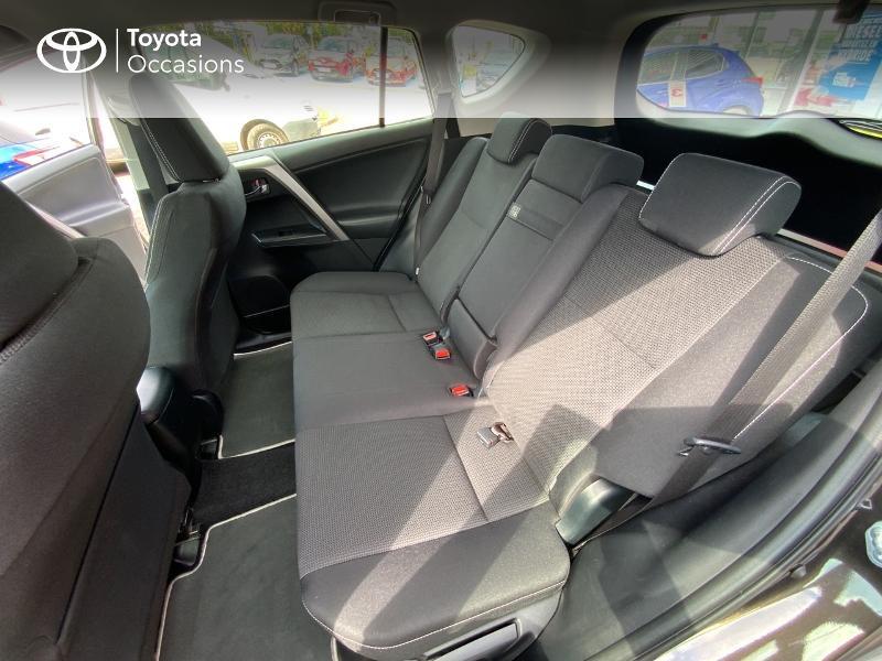 Photo 12 de l'offre de TOYOTA RAV4 197 Hybride Design Business 2WD CVT à 22990€ chez Altis - Toyota Auray