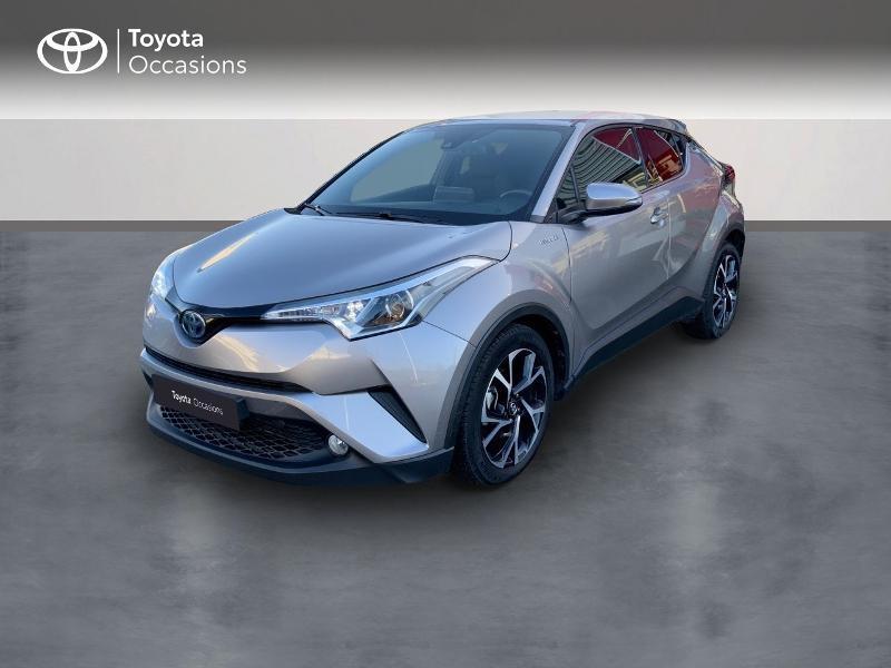 Photo 1 de l'offre de TOYOTA C-HR 122h Edition 2WD E-CVT RC18 à 21890€ chez Altis - Toyota Auray