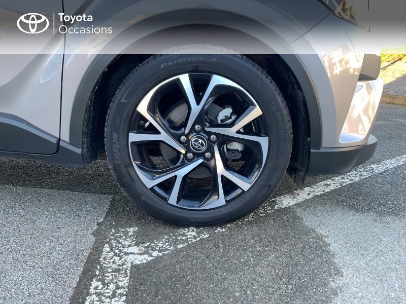 Photo 16 de l'offre de TOYOTA C-HR 122h Edition 2WD E-CVT RC18 à 21890€ chez Altis - Toyota Auray