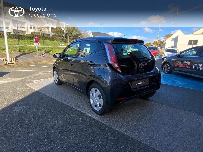 Photo 26 de l'offre de TOYOTA Aygo 1.0 VVT-i 69ch x-play 5p à 8490€ chez Altis - Toyota Auray