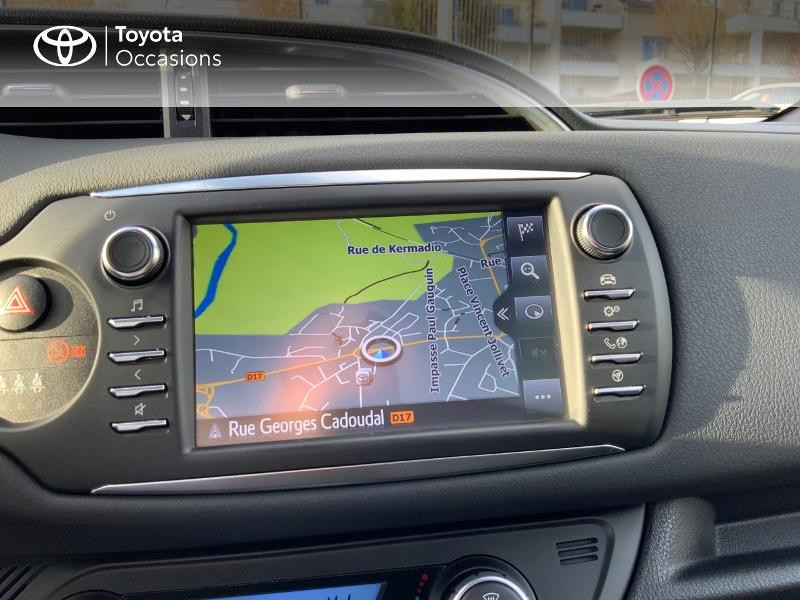 Photo 15 de l'offre de TOYOTA Yaris 110 VVT-i Chic 5p à 10990€ chez Altis - Toyota Auray