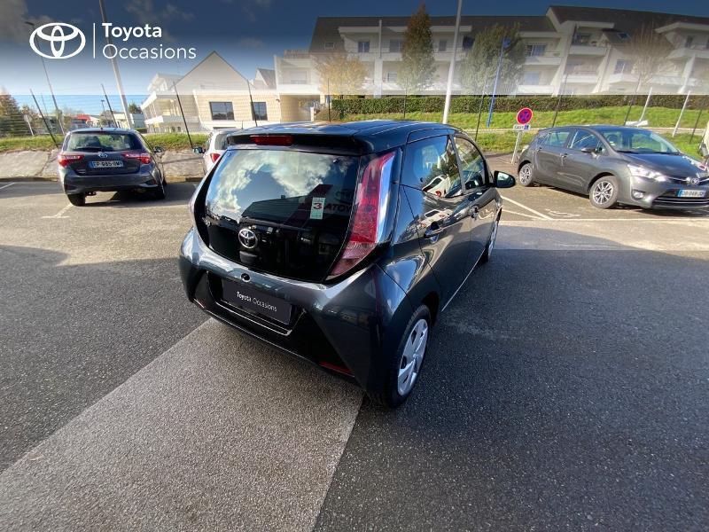 Photo 18 de l'offre de TOYOTA Aygo 1.0 VVT-i 69ch x-play 5p à 8490€ chez Altis - Toyota Auray