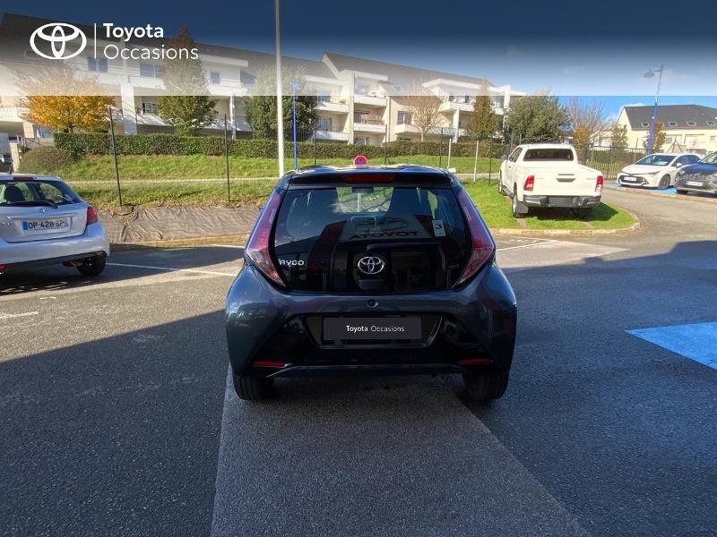 Photo 28 de l'offre de TOYOTA Aygo 1.0 VVT-i 69ch x-play 5p à 8490€ chez Altis - Toyota Auray