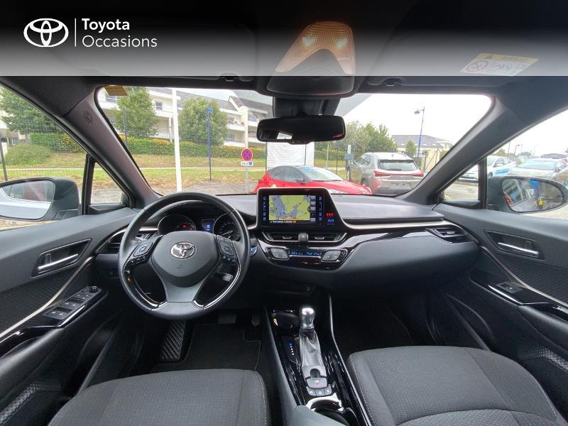 Photo 8 de l'offre de TOYOTA C-HR 122h Edition 2WD E-CVT RC18 à 21690€ chez Altis - Toyota Auray