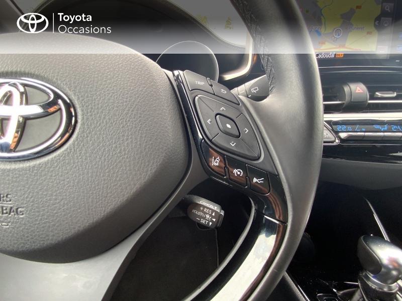 Photo 13 de l'offre de TOYOTA C-HR 122h Edition 2WD E-CVT RC18 à 21690€ chez Altis - Toyota Auray