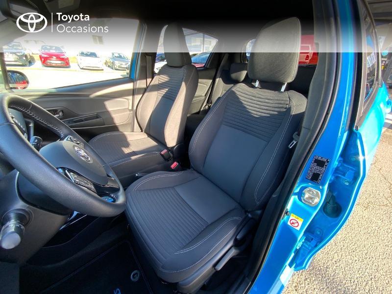 Photo 11 de l'offre de TOYOTA Yaris 100h Cyan Edition 5p RC18 à 15990€ chez Altis - Toyota Auray