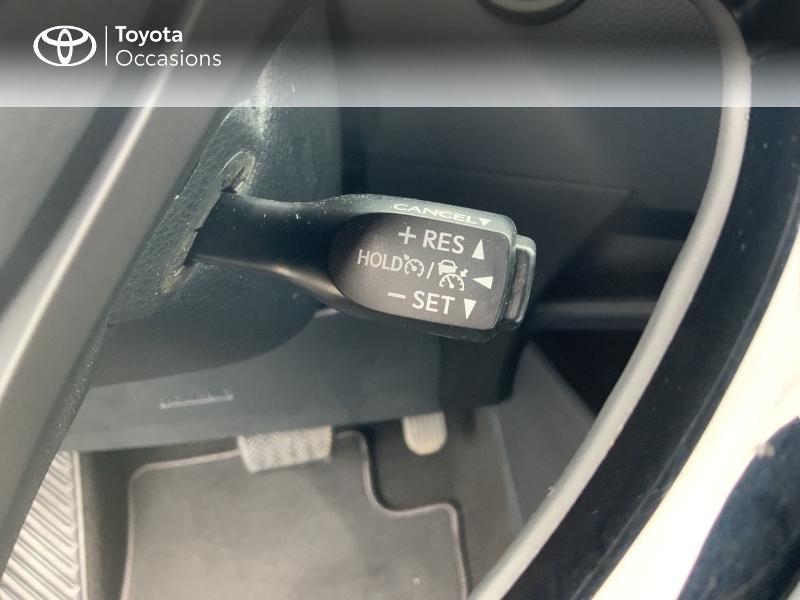Photo 20 de l'offre de TOYOTA C-HR 122h Edition 2WD E-CVT RC18 à 21690€ chez Altis - Toyota Auray