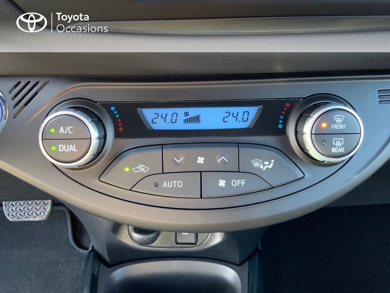 Photo 22 de l'offre de TOYOTA Yaris 100h Cyan Edition 5p RC18 à 15990€ chez Altis - Toyota Auray