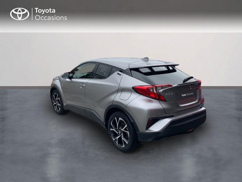 Photo 2 de l'offre de TOYOTA C-HR 122h Edition 2WD E-CVT RC18 à 21690€ chez Altis - Toyota Auray
