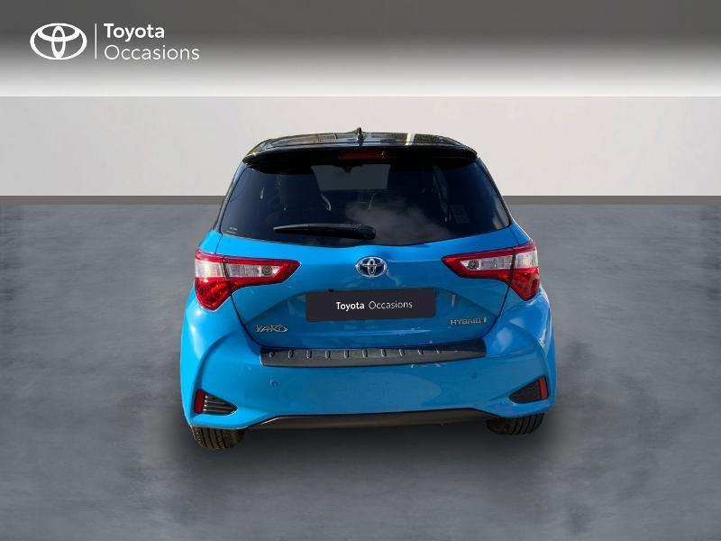Photo 4 de l'offre de TOYOTA Yaris 100h Cyan Edition 5p RC18 à 15990€ chez Altis - Toyota Auray