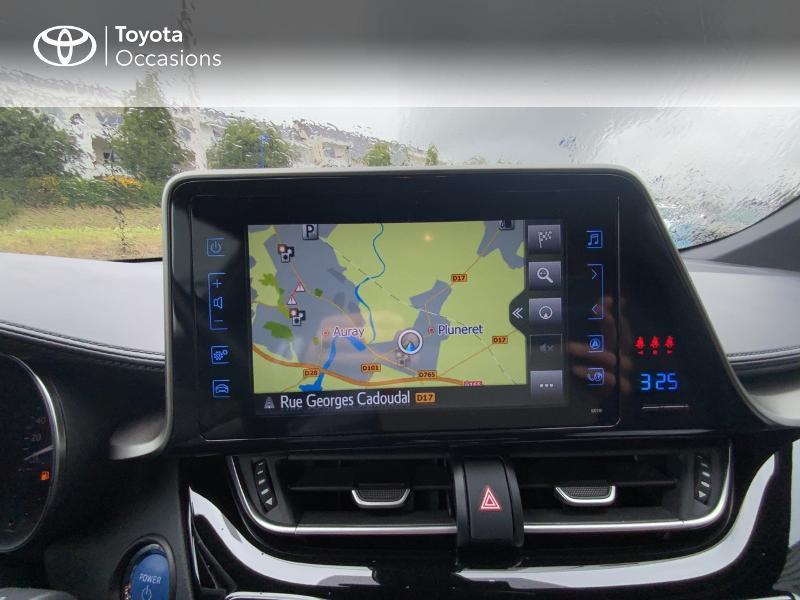 Photo 15 de l'offre de TOYOTA C-HR 122h Edition 2WD E-CVT RC18 à 21690€ chez Altis - Toyota Auray