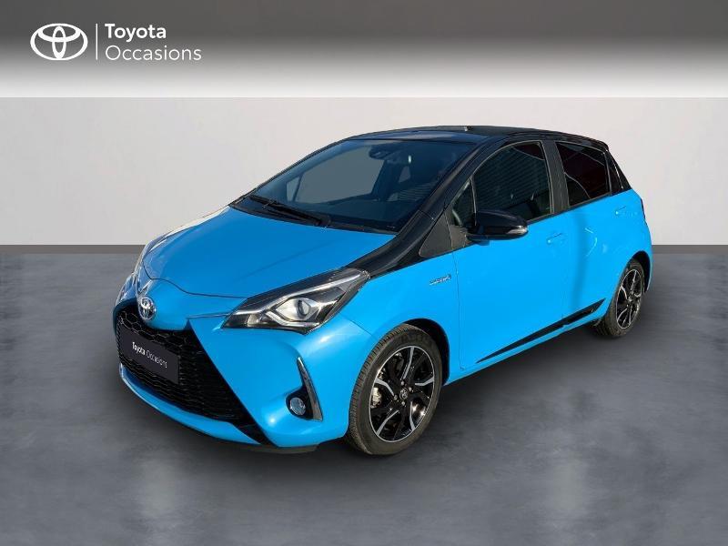 Photo 1 de l'offre de TOYOTA Yaris 100h Cyan Edition 5p RC18 à 15990€ chez Altis - Toyota Auray
