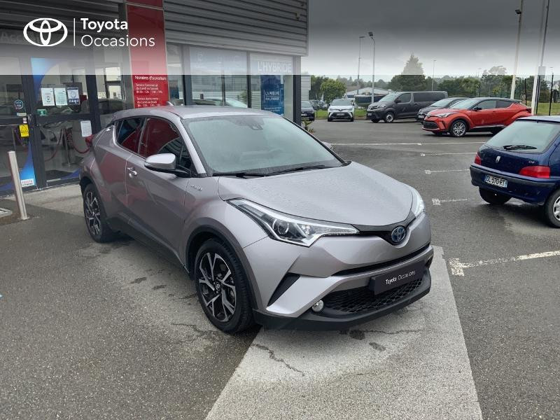 Photo 19 de l'offre de TOYOTA C-HR 122h Edition 2WD E-CVT RC18 à 21690€ chez Altis - Toyota Auray