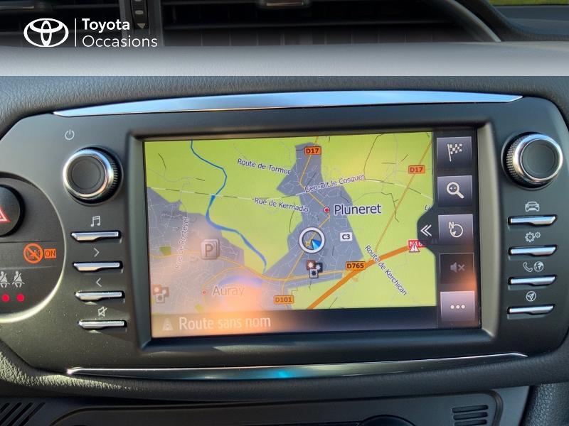 Photo 15 de l'offre de TOYOTA Yaris 100h Cyan Edition 5p RC18 à 15990€ chez Altis - Toyota Auray