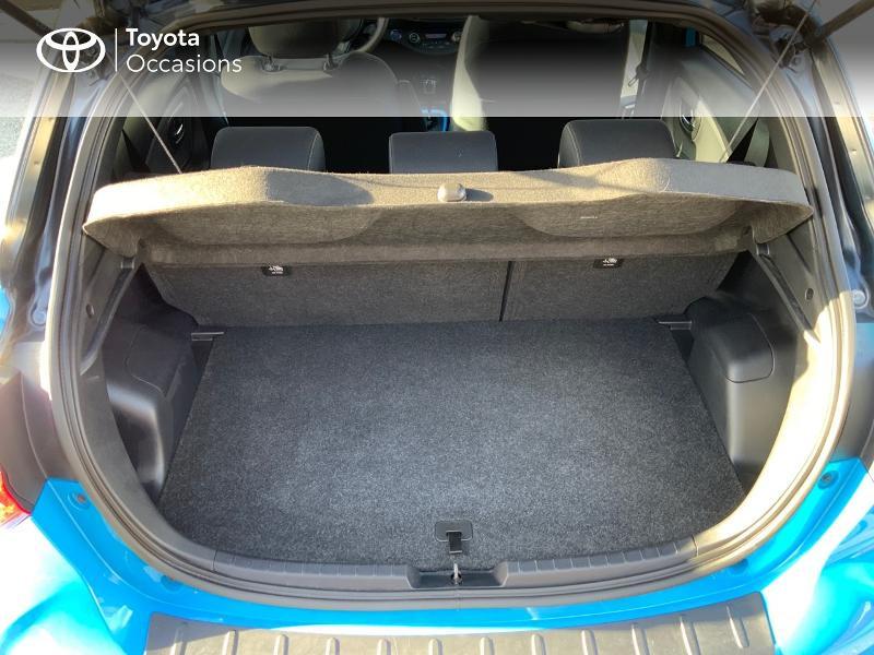 Photo 10 de l'offre de TOYOTA Yaris 100h Cyan Edition 5p RC18 à 15990€ chez Altis - Toyota Auray