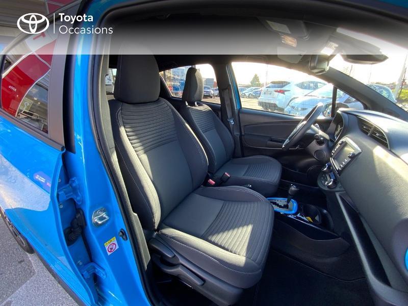 Photo 6 de l'offre de TOYOTA Yaris 100h Cyan Edition 5p RC18 à 15990€ chez Altis - Toyota Auray