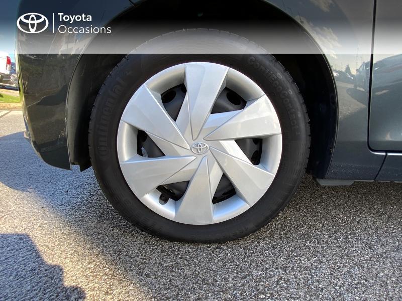 Photo 16 de l'offre de TOYOTA Aygo 1.0 VVT-i 69ch x-play 5p à 8490€ chez Altis - Toyota Auray