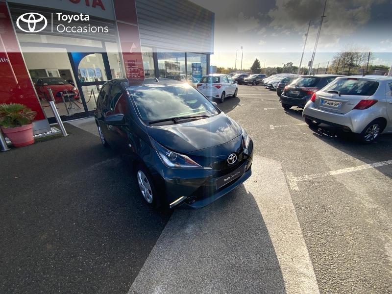 Photo 19 de l'offre de TOYOTA Aygo 1.0 VVT-i 69ch x-play 5p à 8490€ chez Altis - Toyota Auray