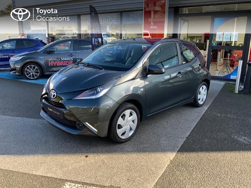 Photo 25 de l'offre de TOYOTA Aygo 1.0 VVT-i 69ch x-play 5p à 8490€ chez Altis - Toyota Auray