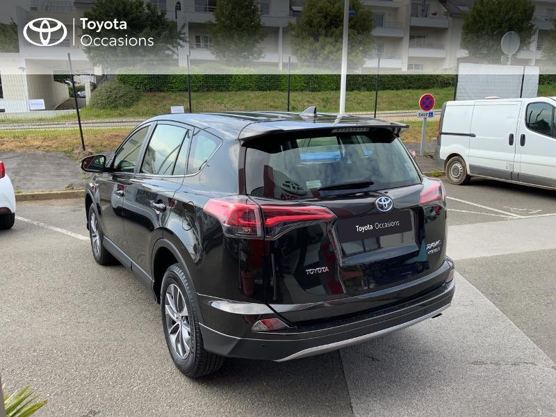 Photo 26 de l'offre de TOYOTA RAV4 197 Hybride Design Business 2WD CVT à 22990€ chez Altis - Toyota Auray