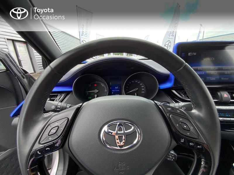 Photo 13 de l'offre de TOYOTA C-HR 122h Graphic 2WD E-CVT à 20690€ chez Altis - Toyota Auray