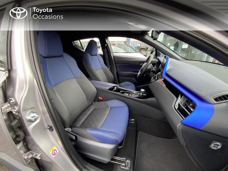 Photo 6 de l'offre de TOYOTA C-HR 122h Graphic 2WD E-CVT à 20690€ chez Altis - Toyota Auray