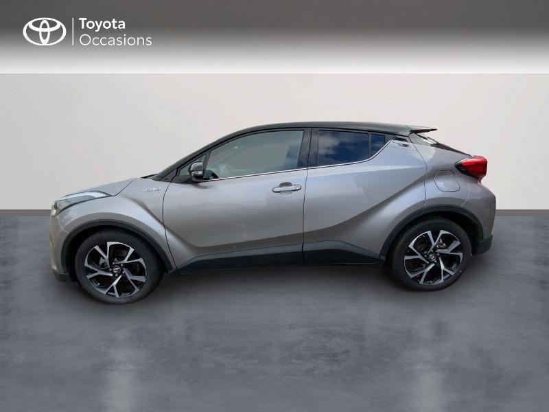 Photo 3 de l'offre de TOYOTA C-HR 122h Graphic 2WD E-CVT à 20690€ chez Altis - Toyota Auray