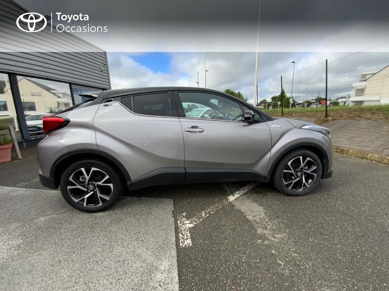 Photo 17 de l'offre de TOYOTA C-HR 122h Graphic 2WD E-CVT à 20690€ chez Altis - Toyota Auray